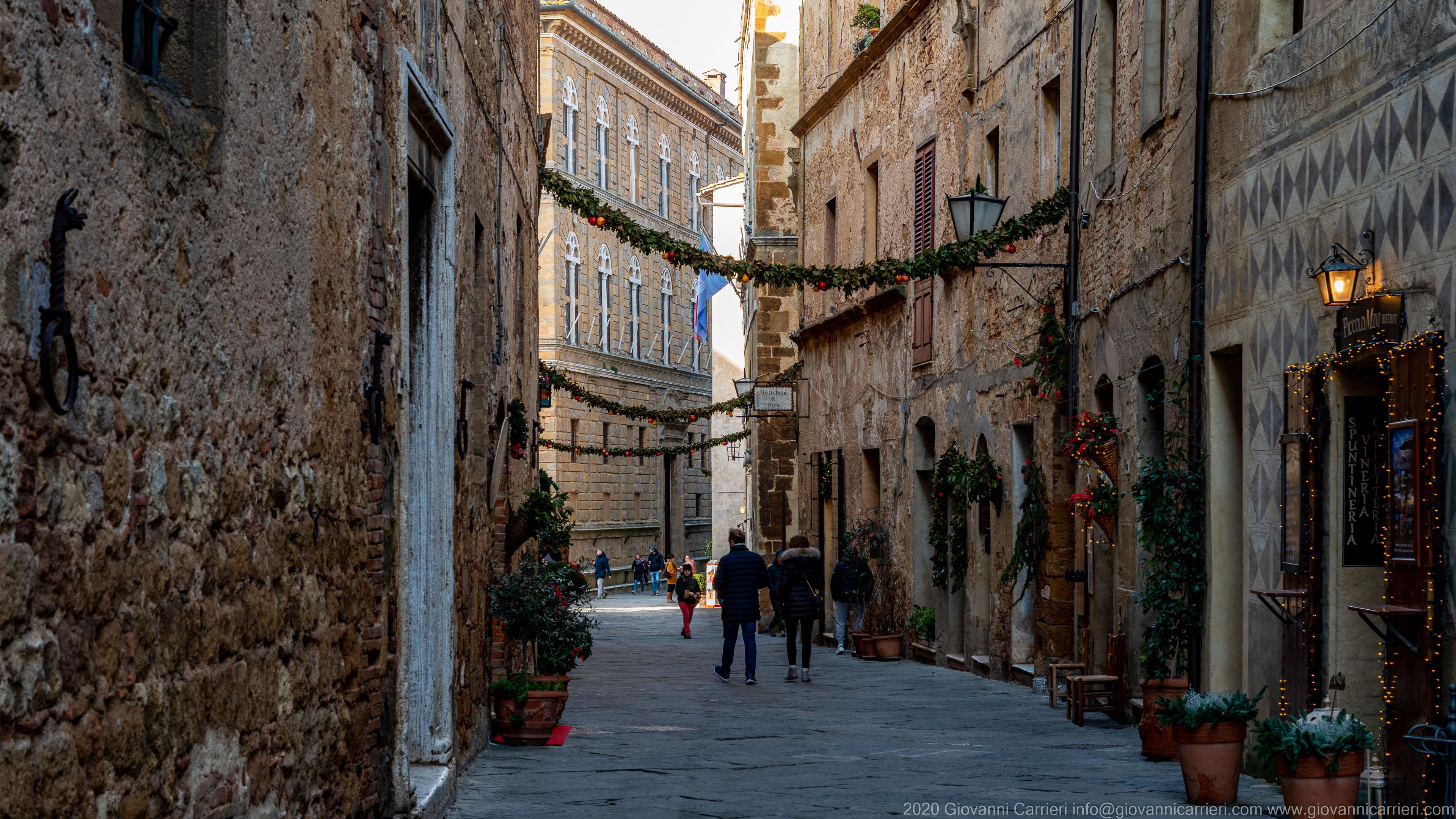 Bernardo Rossellino street