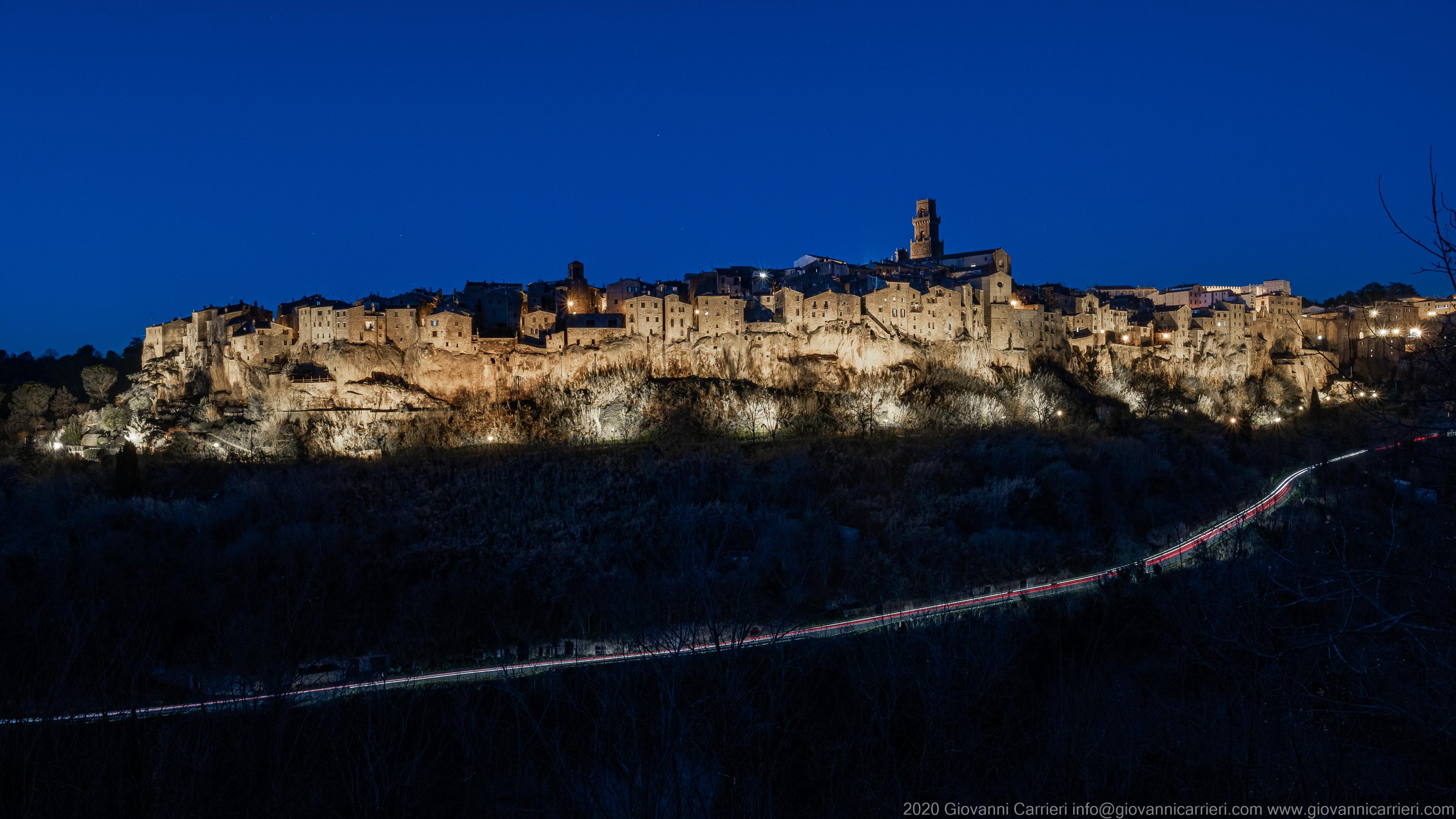 Night view of Pitigliano