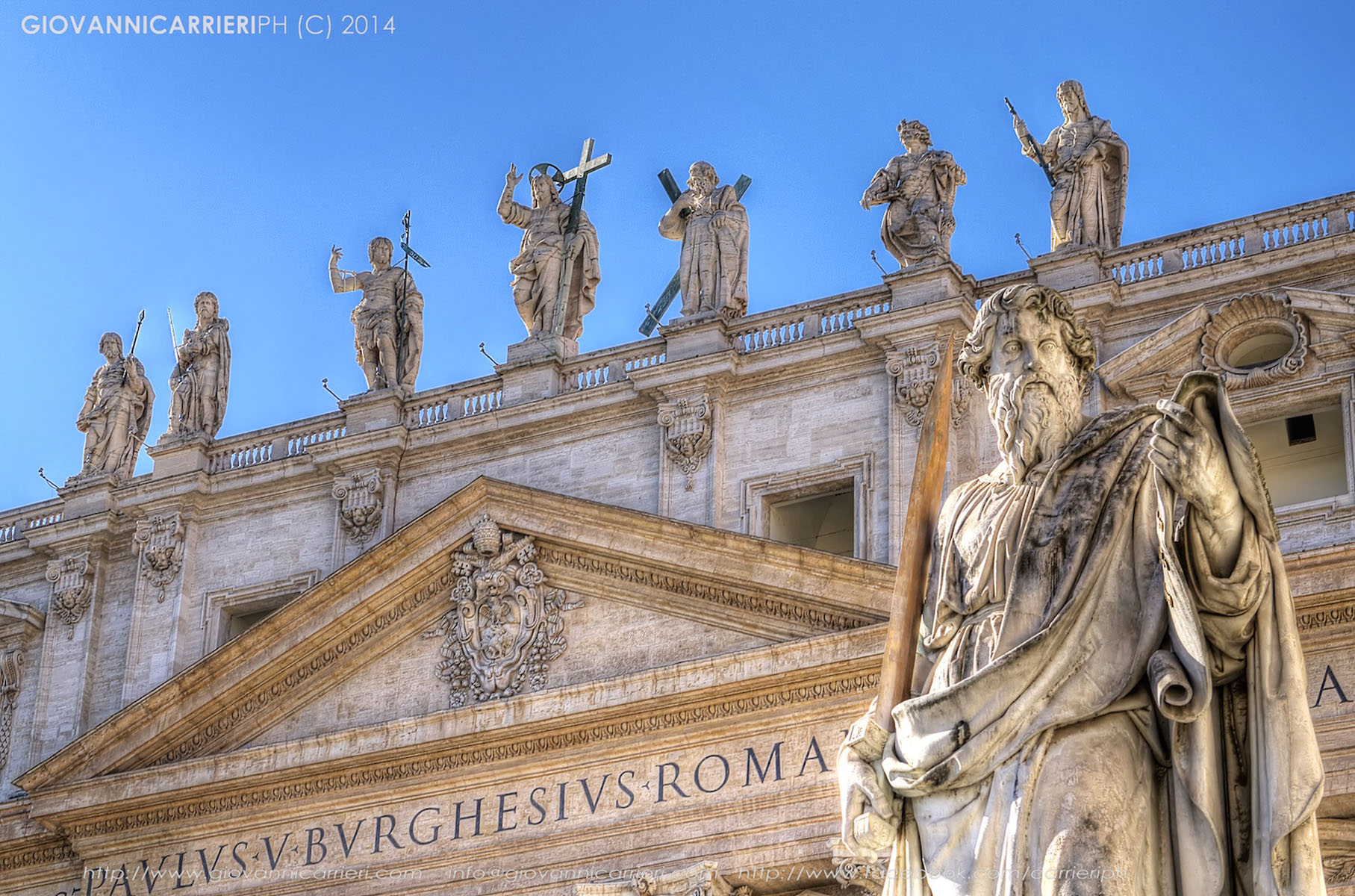Particolare di piazza San Pietro - Vaticano