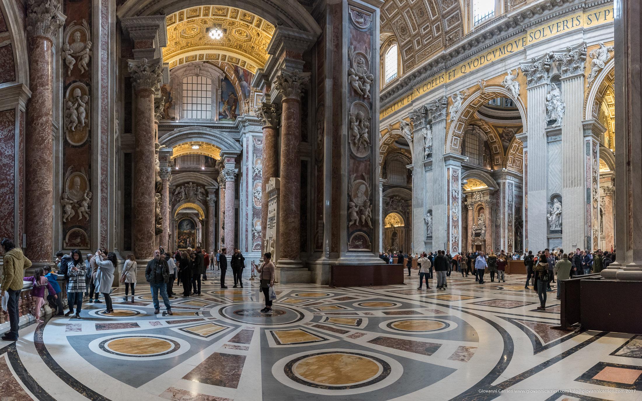 Vista interna della Basilica di San Pietro dalla navata sinistra