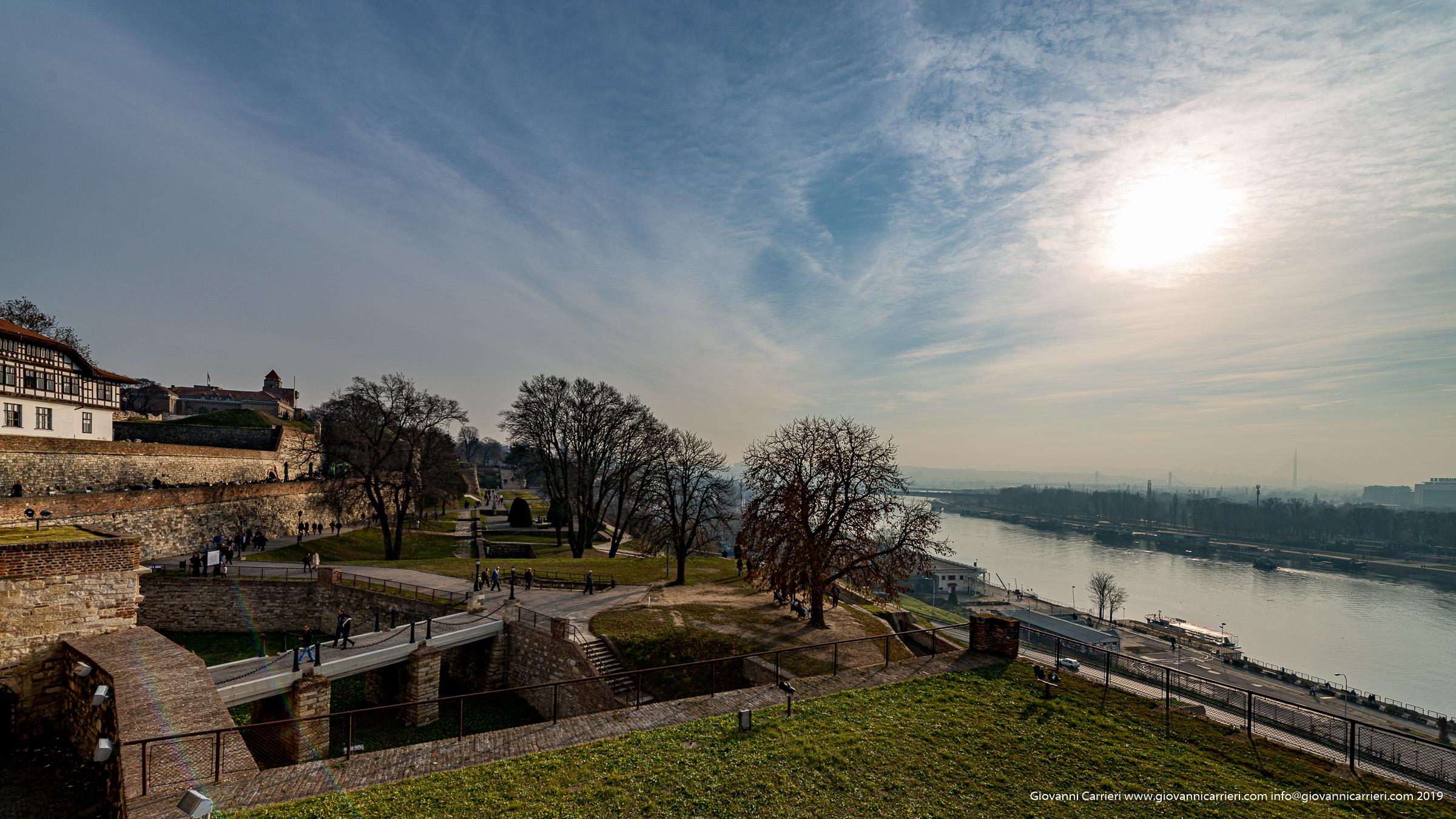 la fortezza Kalemegdan ed il fiume Sava
