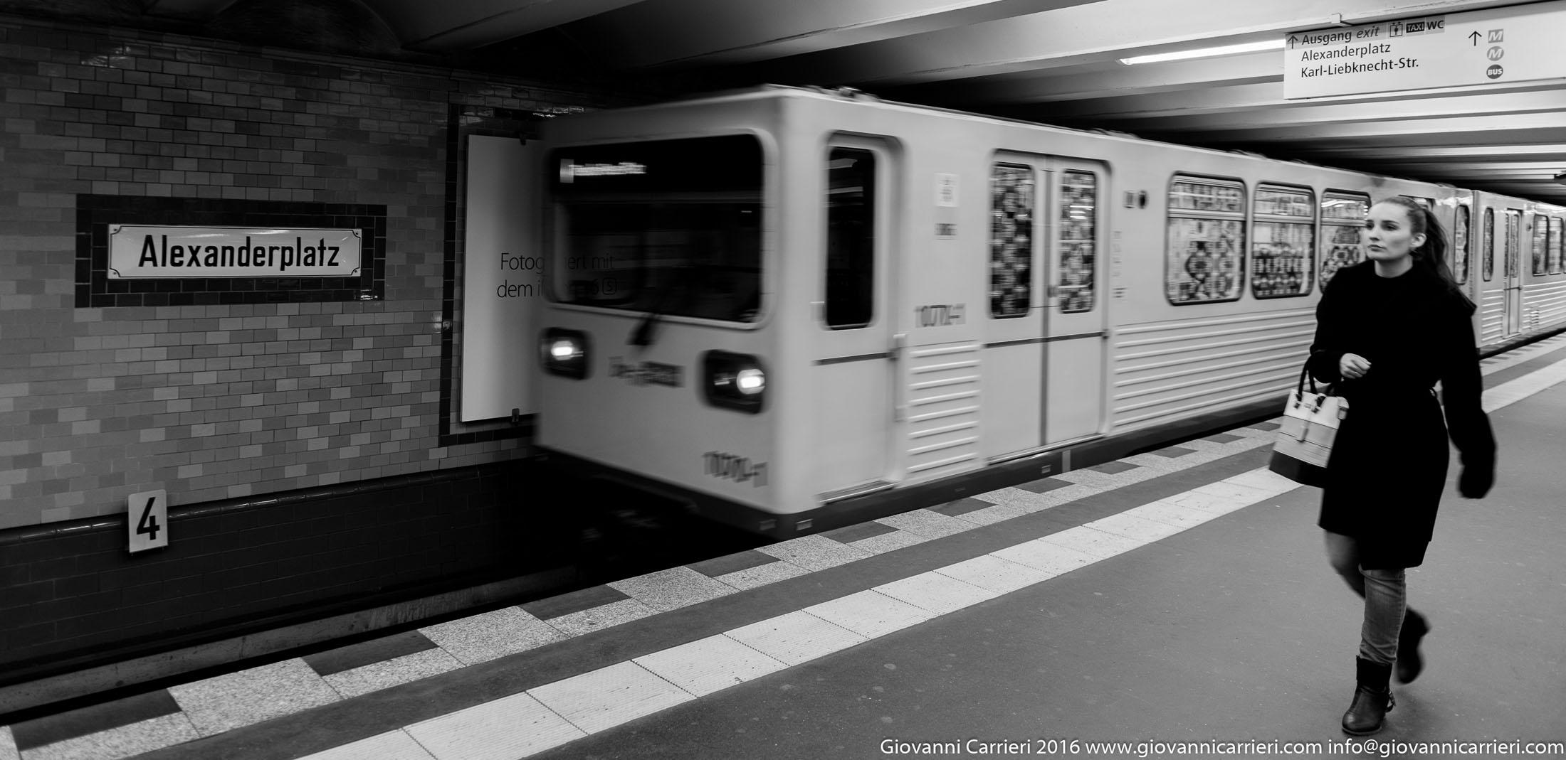 La stazione della metropolitana ad Alexanderplatz