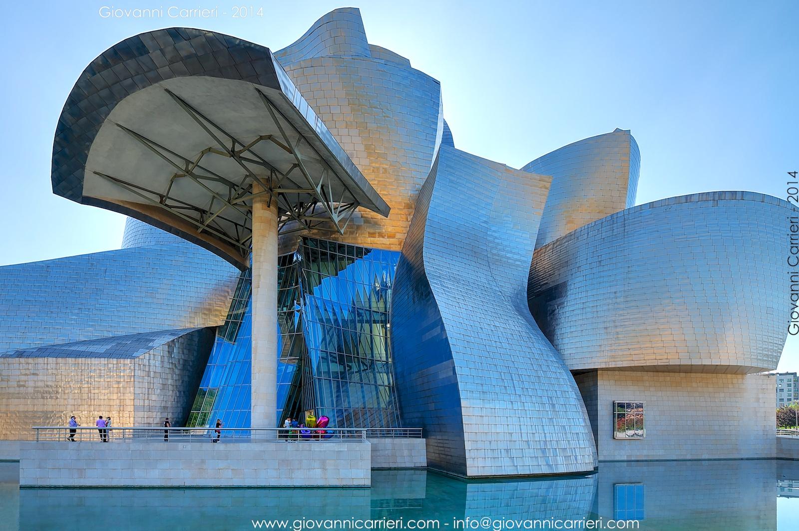 Il fiore di titanio. Museo Guggenheim - Bilbao