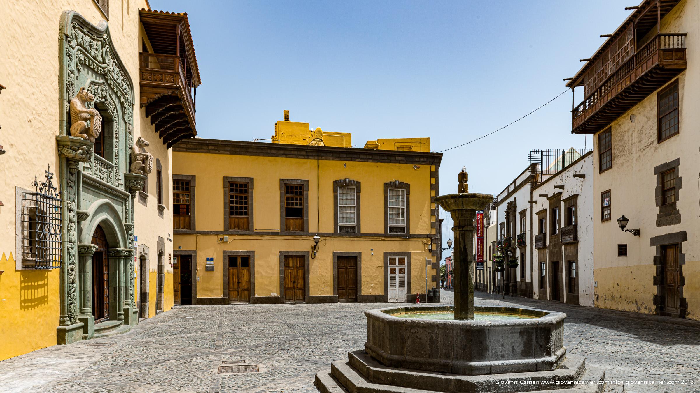 Square of the Cristoforo Colombo home