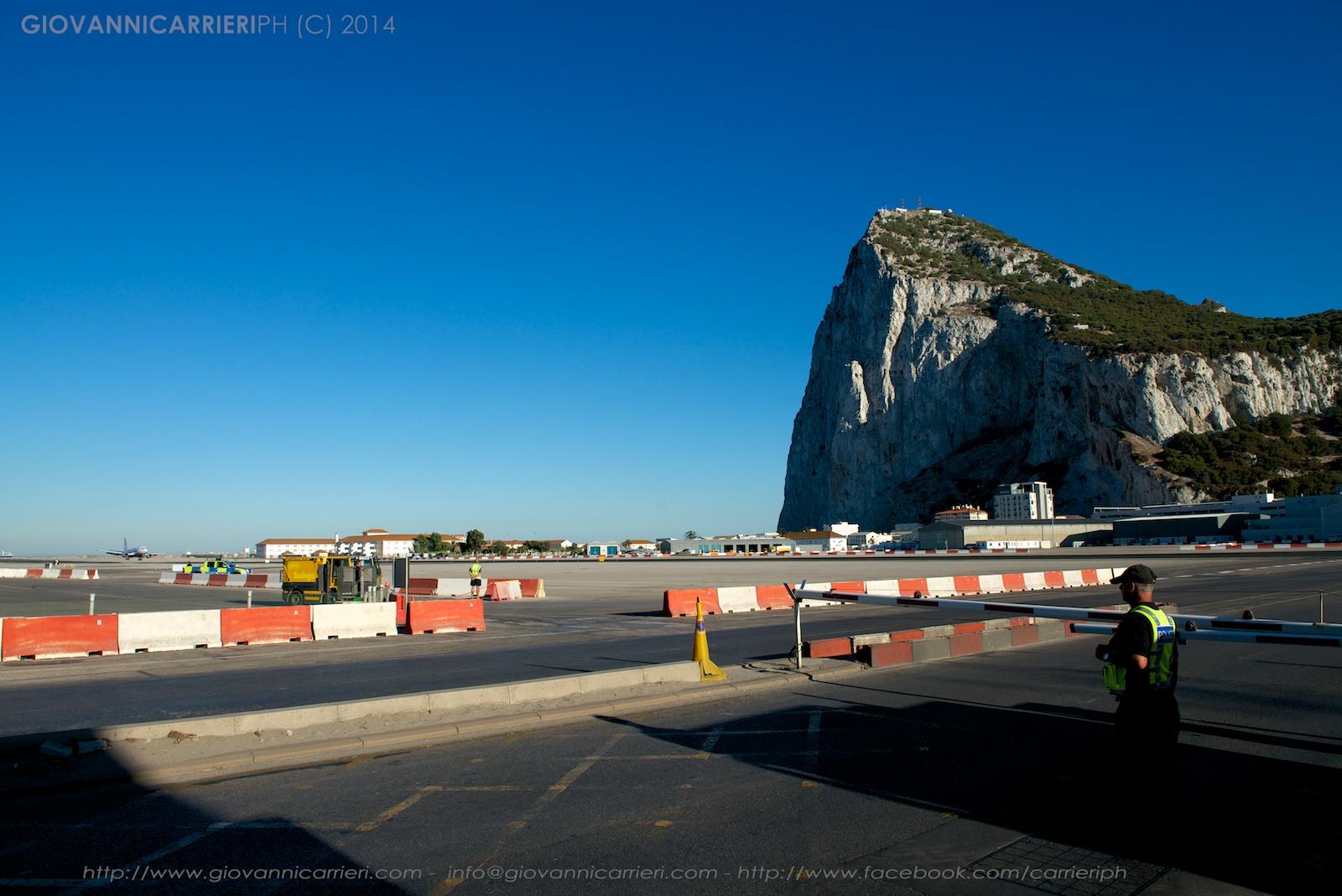 Atterraggio nell'areoporto di Gibilterra