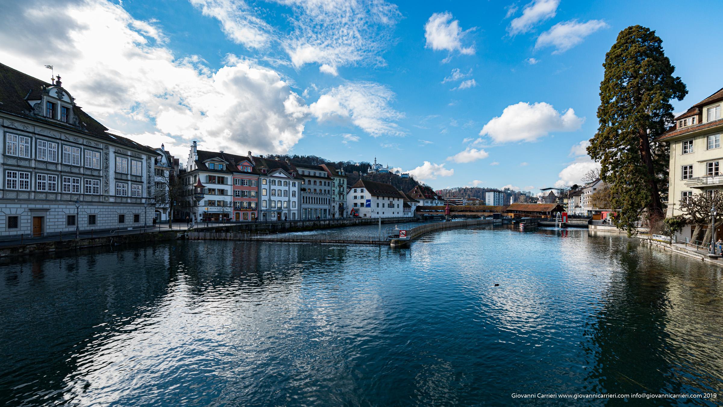 Guardando via Reusteg ed il fiume Reuss - Lucerna