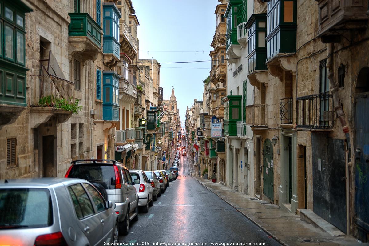 Le strade irregolari di La Valletta - Malta