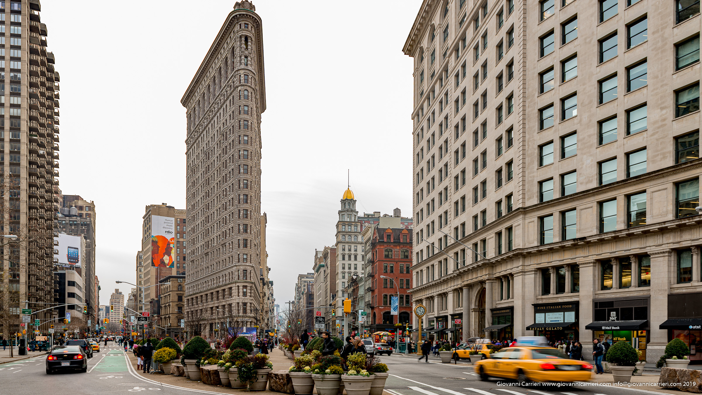Flat Iron between Broadway and 5th Avenue