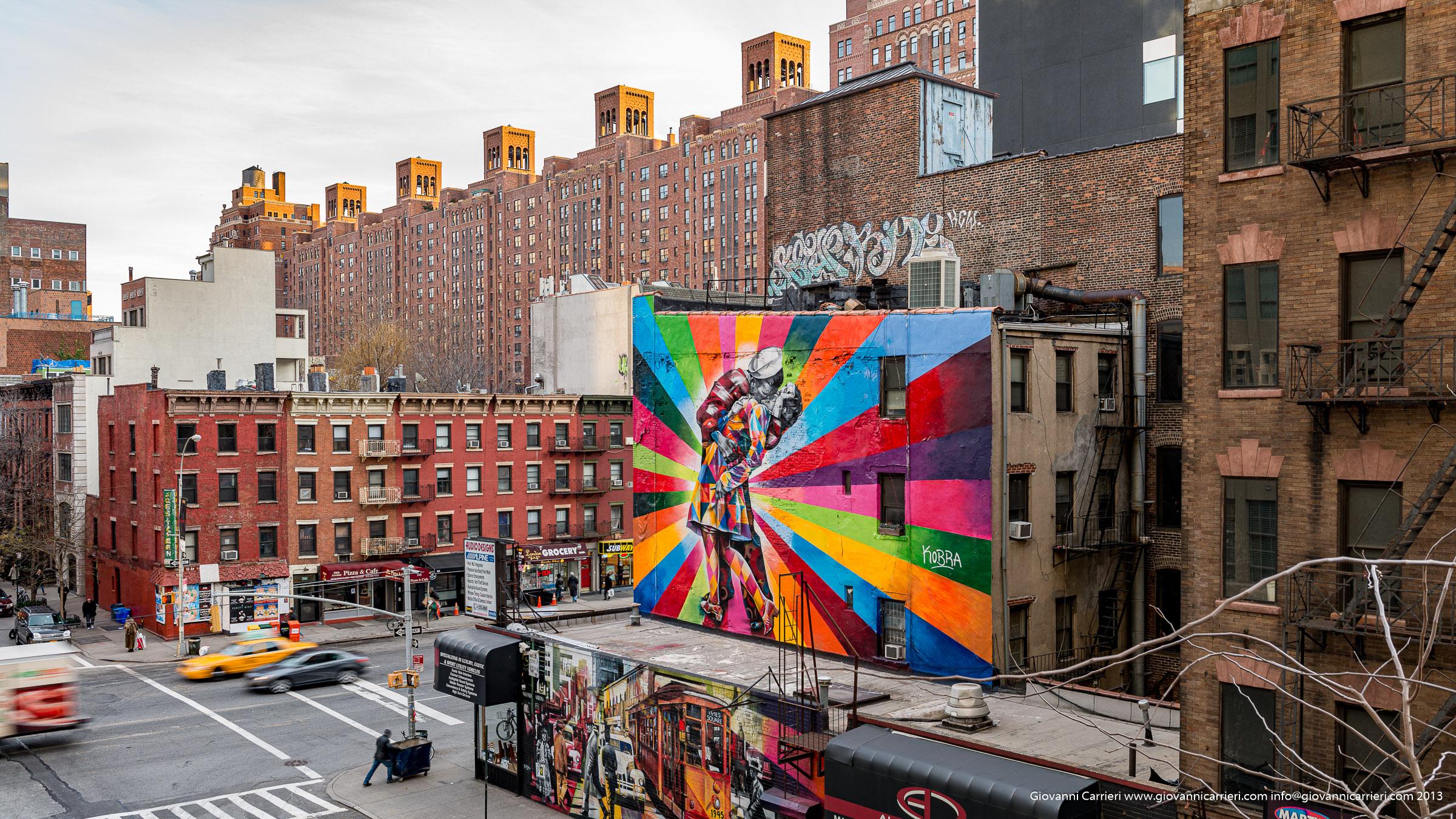 Il murales del bacio di Times Square nei pressi della High Line