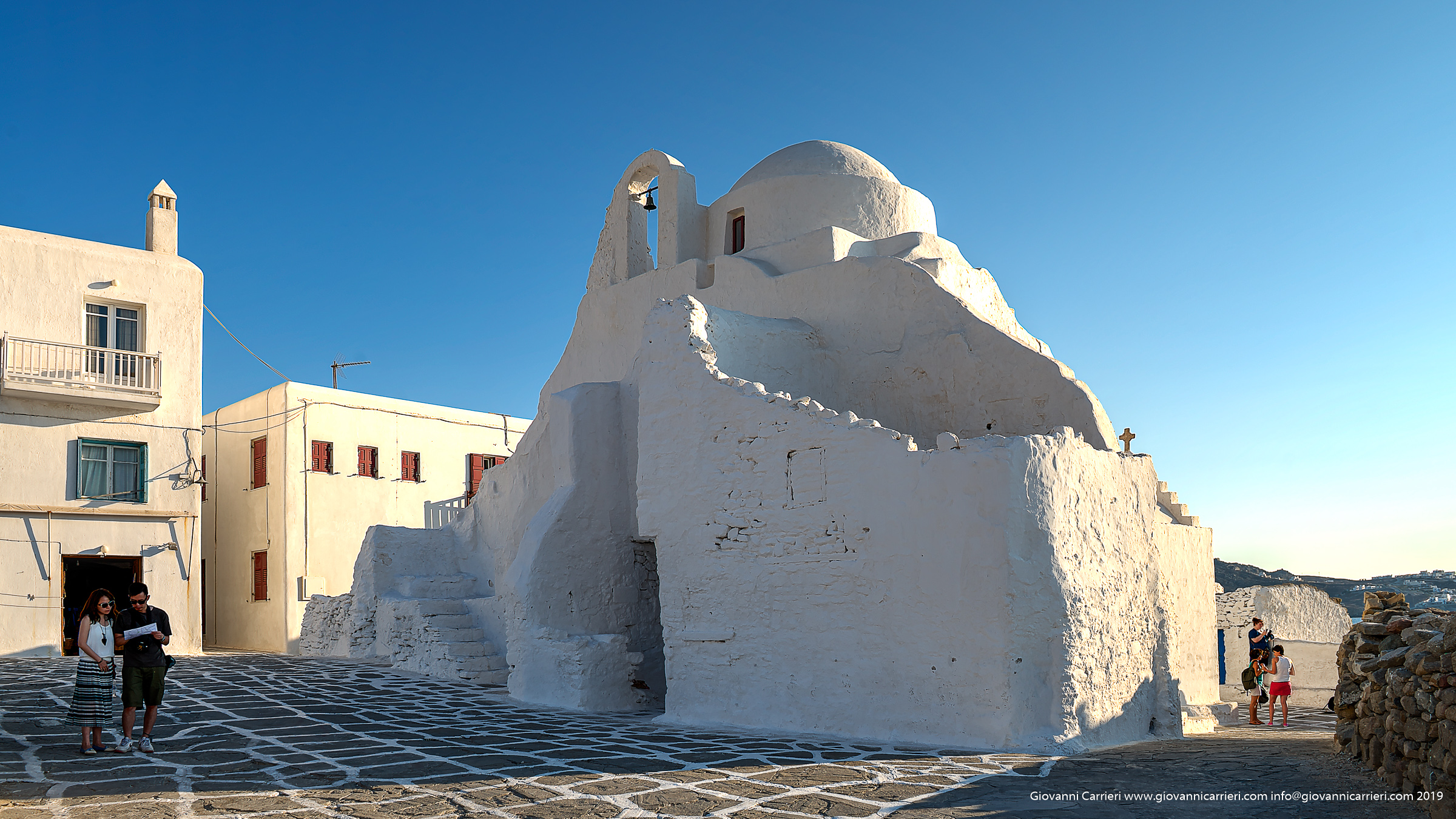 La chiesa di Panagias Paraportiani di Mykonos