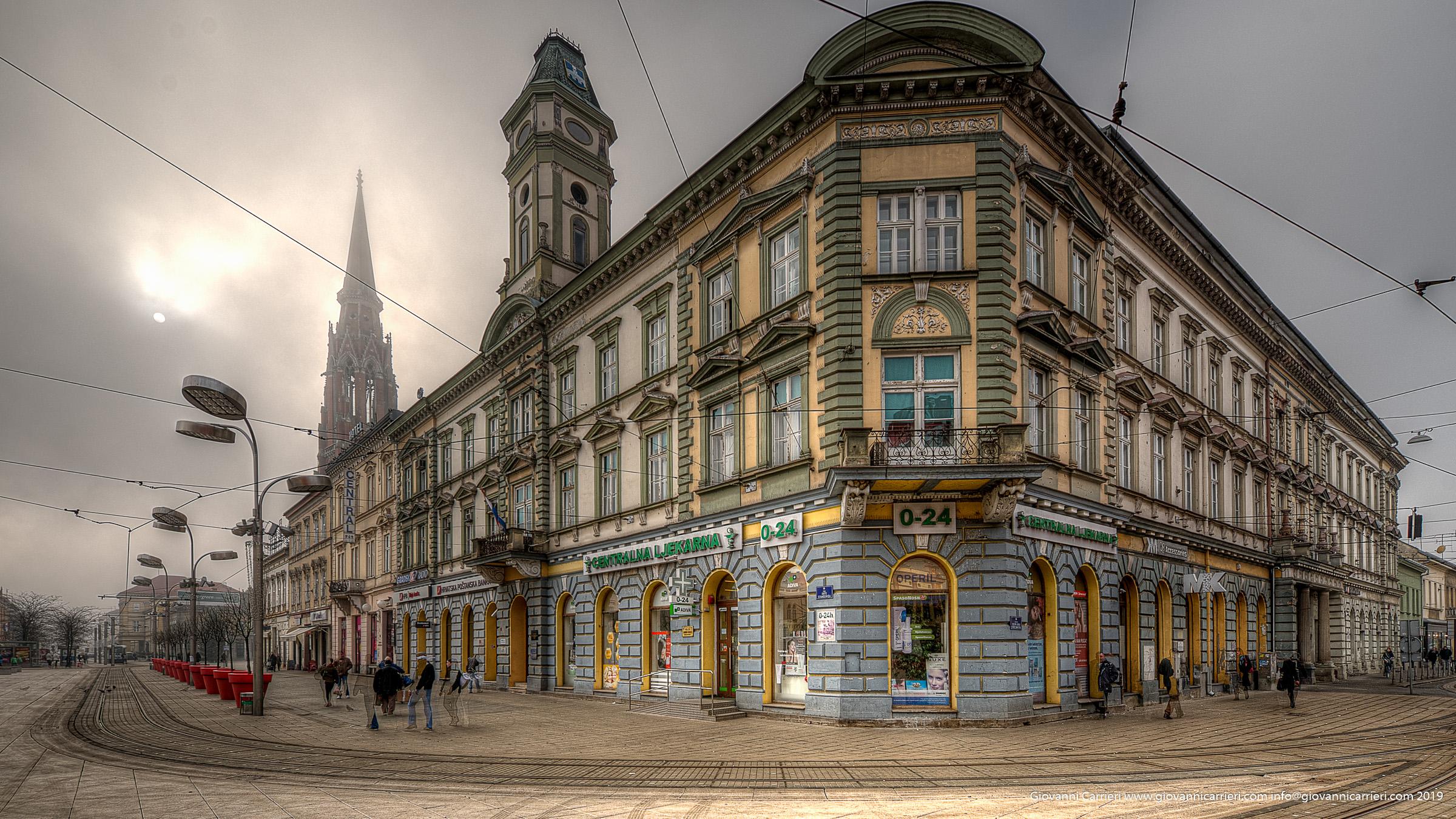 Dettagli della piazza Ante Starcevic di Osijek