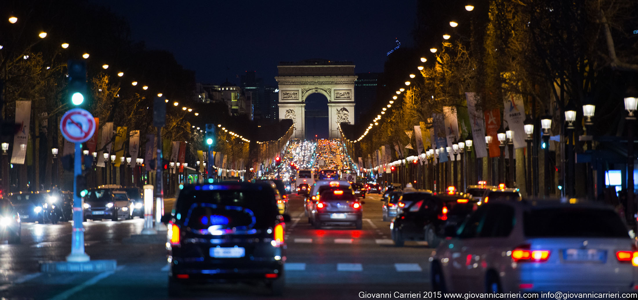 L'Arco di Trionfo e gli Champs Élysées