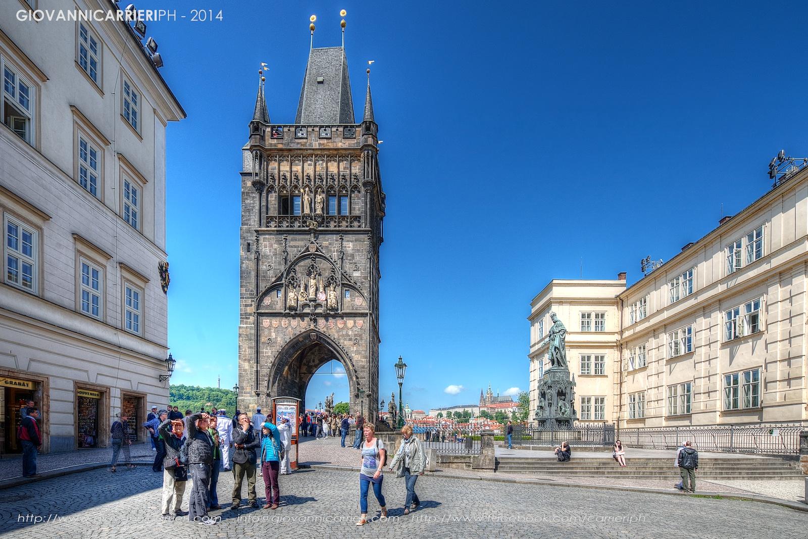 L'ingresso sul Ponte Carlo da Stare Mesto - Praga