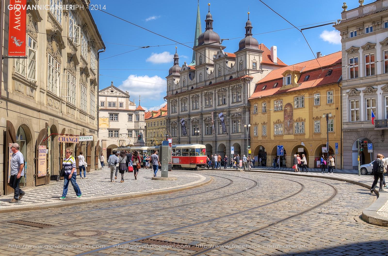 La fermata dei tram Malostranské  - Praga
