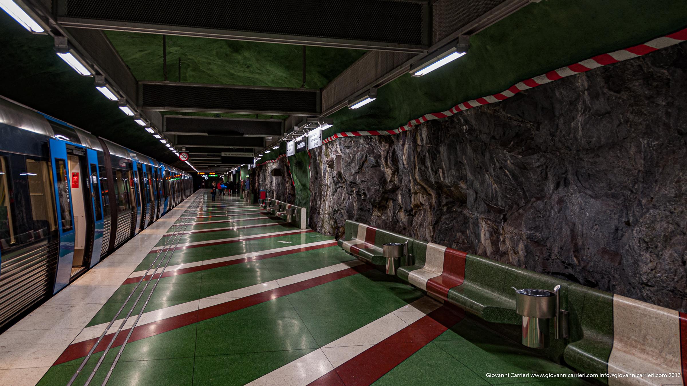 particolari della metropolitana di Stoccolma