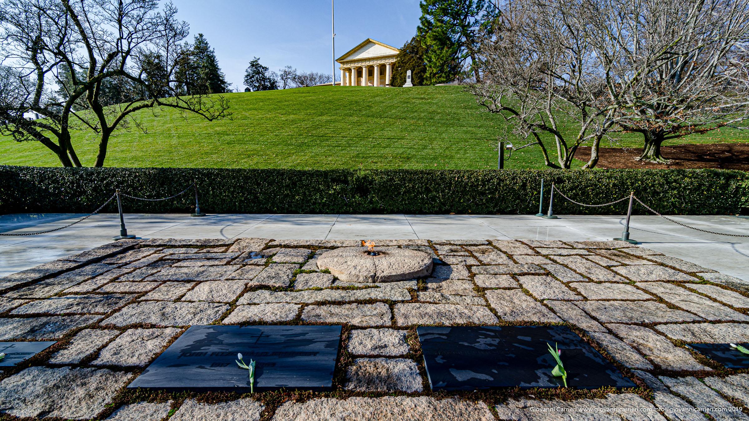 La fiamma eterna in ricordo di John F. Kennedy