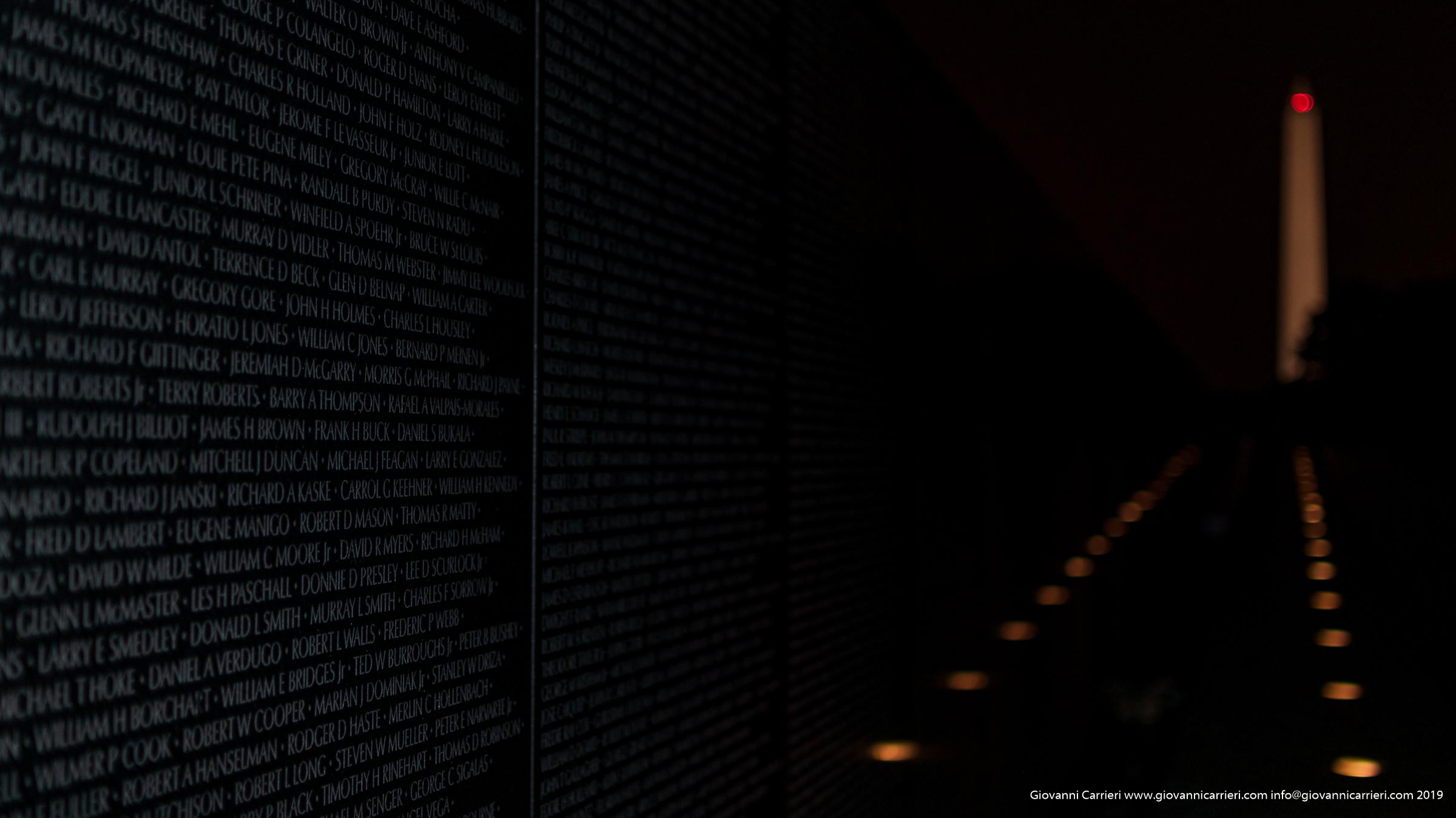 Il monumento ai caduti nella guerra del Vietnam - Washington