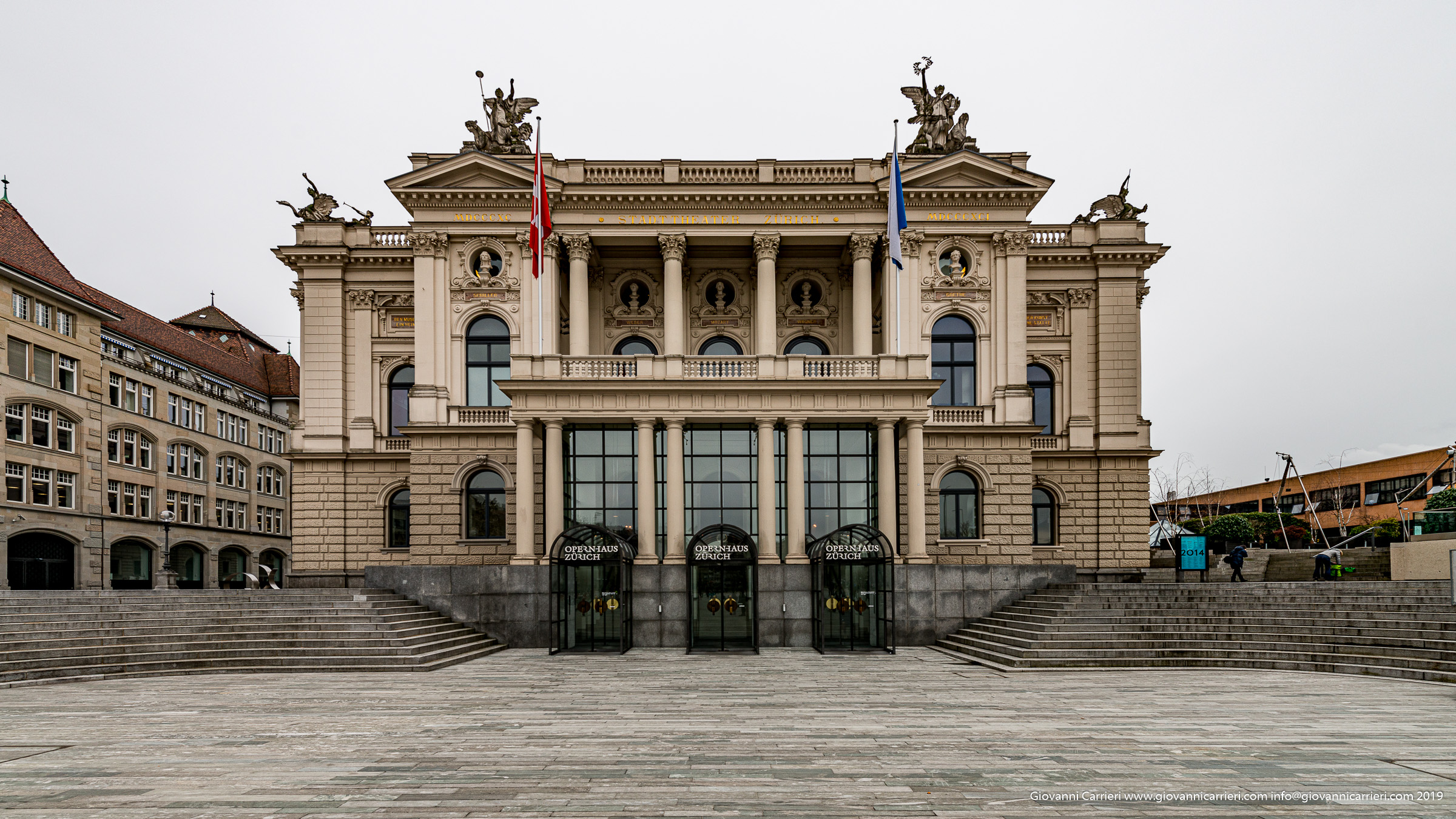 Il palazzo dell'opera di Zurigo