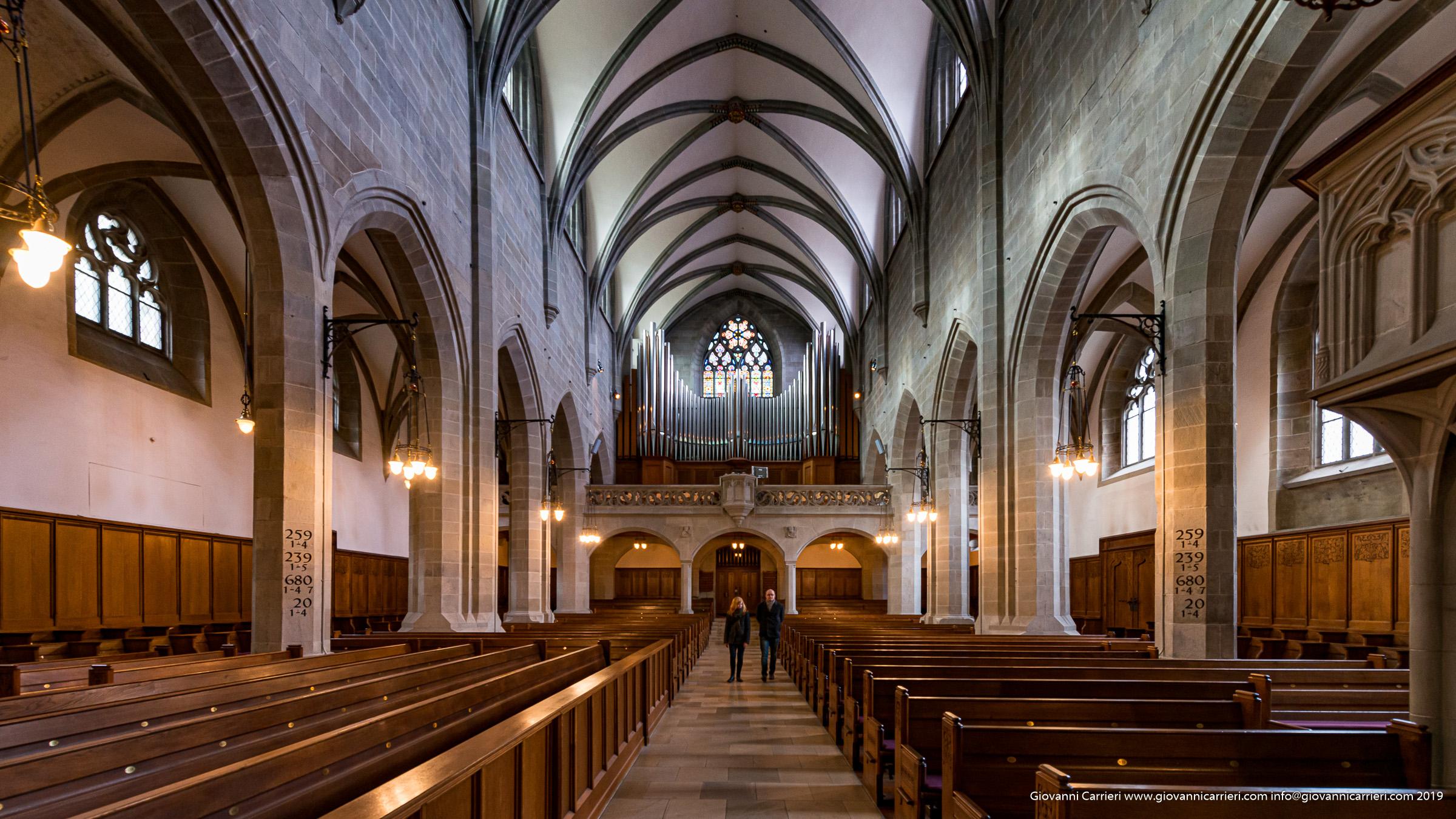 Vista interna della chiesa Fraumünster - Zurigo