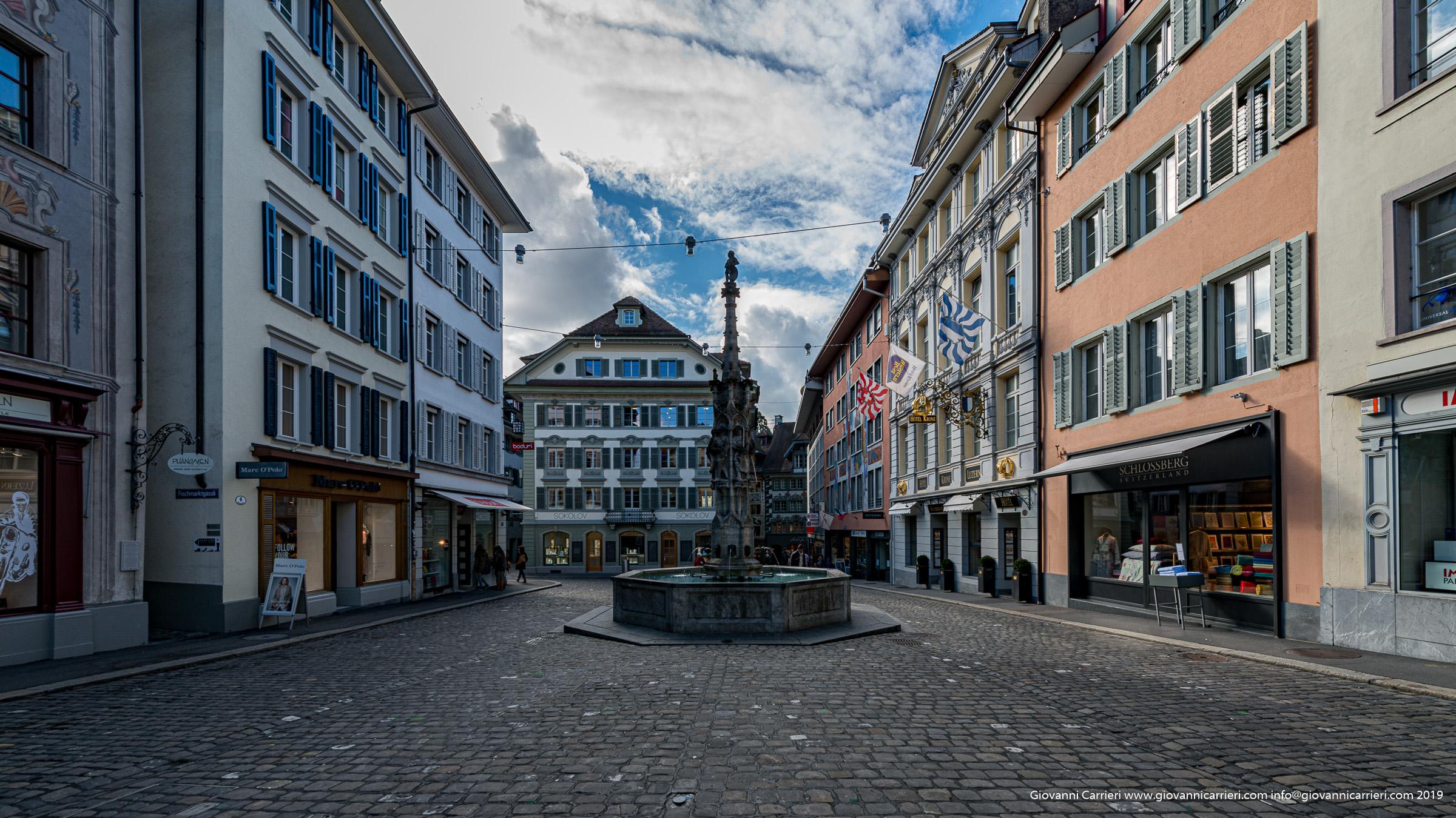 Vetrina commerciale - Zurigo