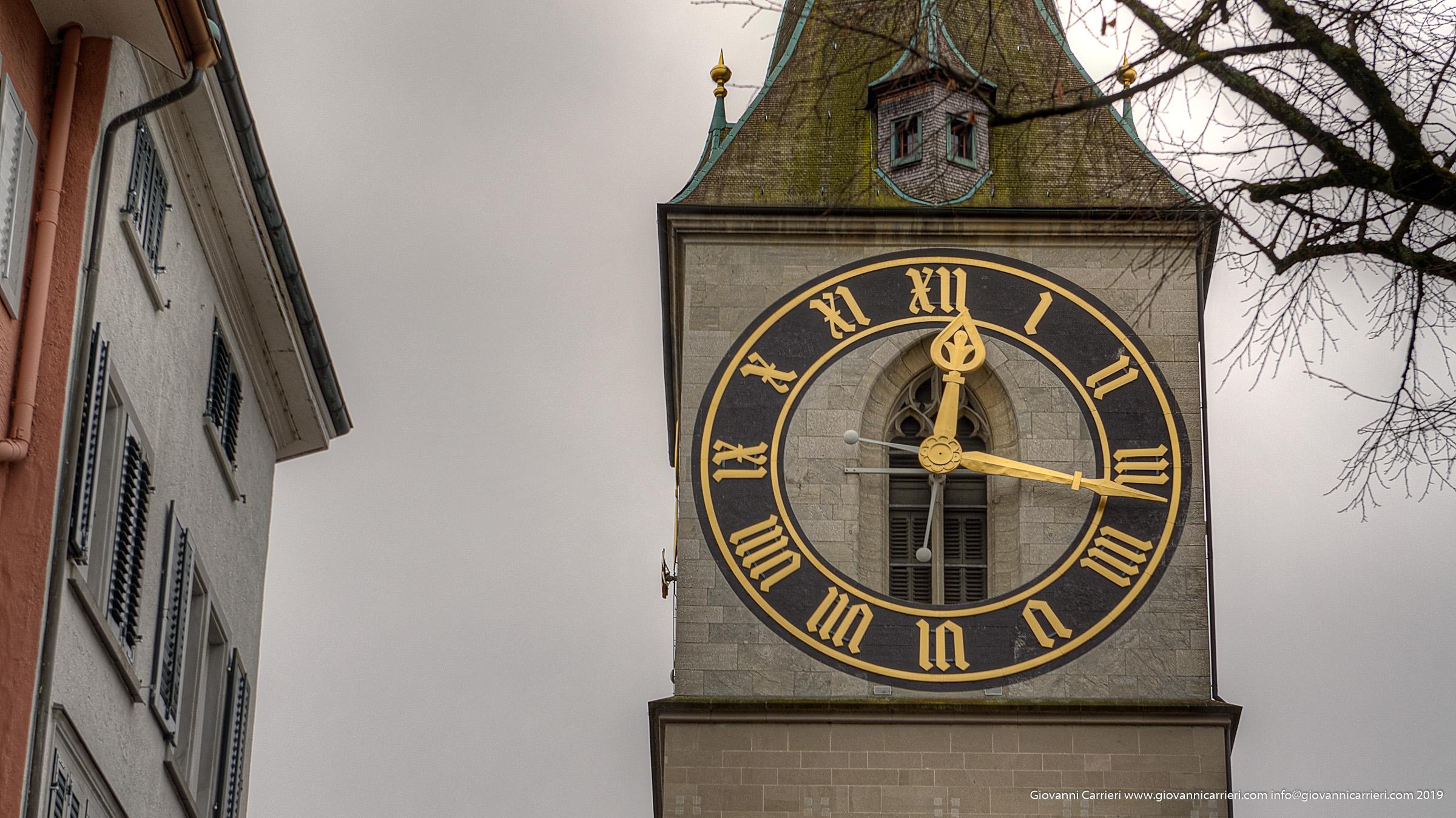 Il campanile con il più grande quadrante d'orologio d'europa - San Pietro Zurigo